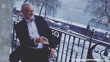 Jeremy Corbyn throwing snowballs